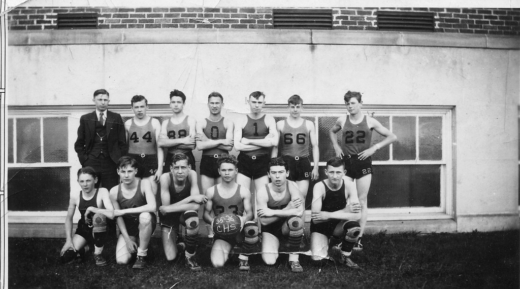 Basketball team, - from the Brownstown Banner, 4.77 x 2.65, bw