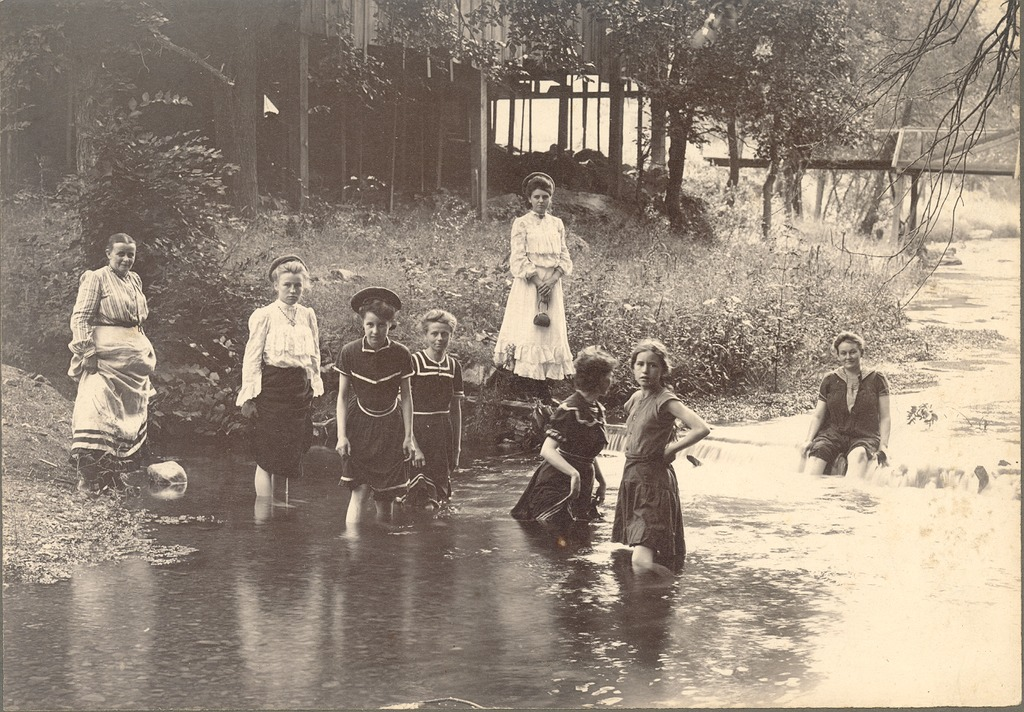 Girls in river Anna Vehslage is 4th from left