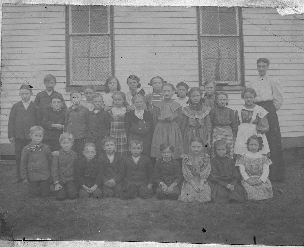 1906 School at Houston, Norm Parr - from the Brownstown Banner